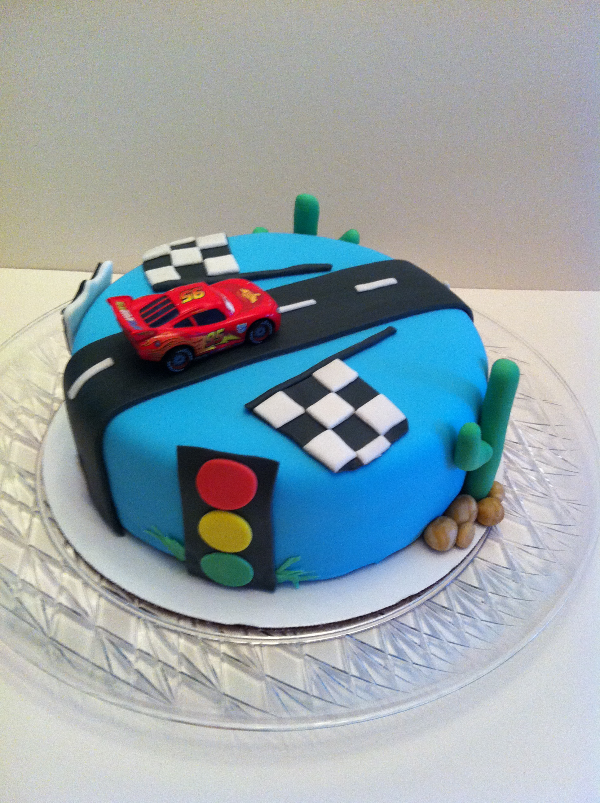 Red Bull Cake Images