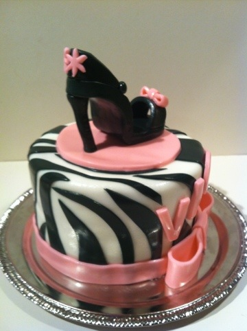 Vickys diva cake cupcakes Cakes by Cathy Chicago