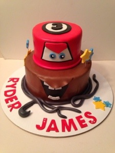 disney s cars cake lightning mcqueen mater cakes by cathy